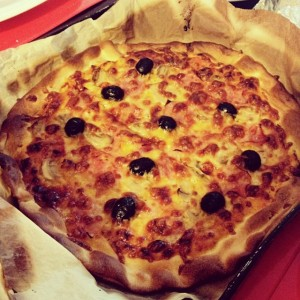 Homemade pizza #yummy #food #delight #toogood #pizza #italian #homemade #delicious…